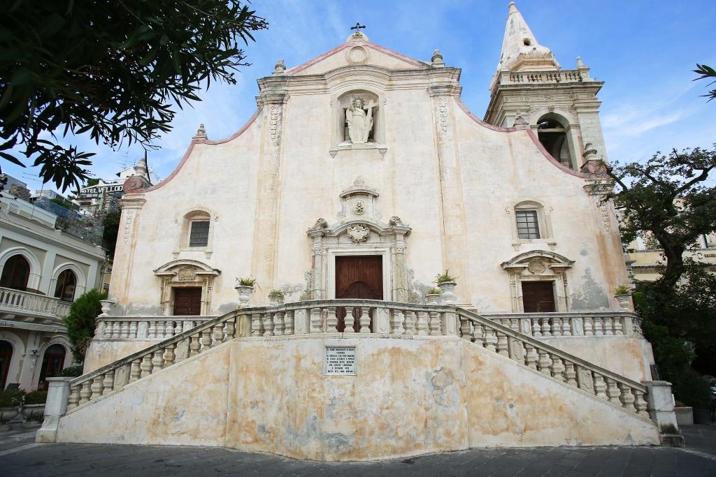 Visiting ancient churches