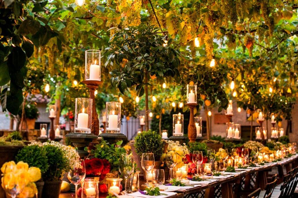 Personalizing Winter Holiday Weddings