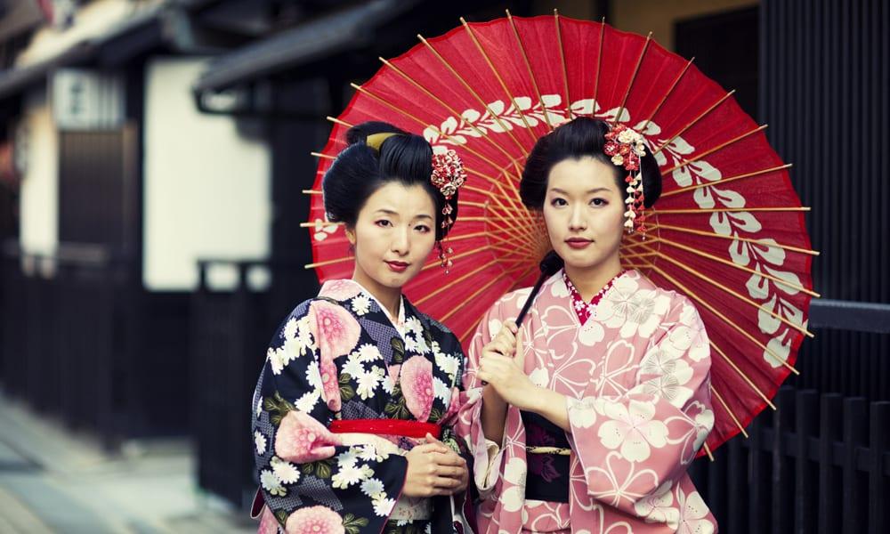 Try on kimonos in Tokyo, Japan