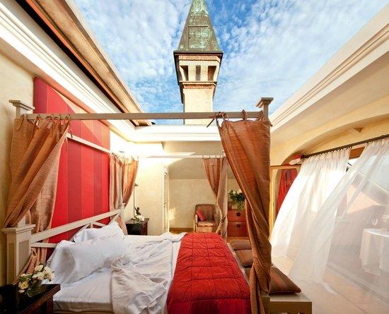 Italian Honeymoon Suite
