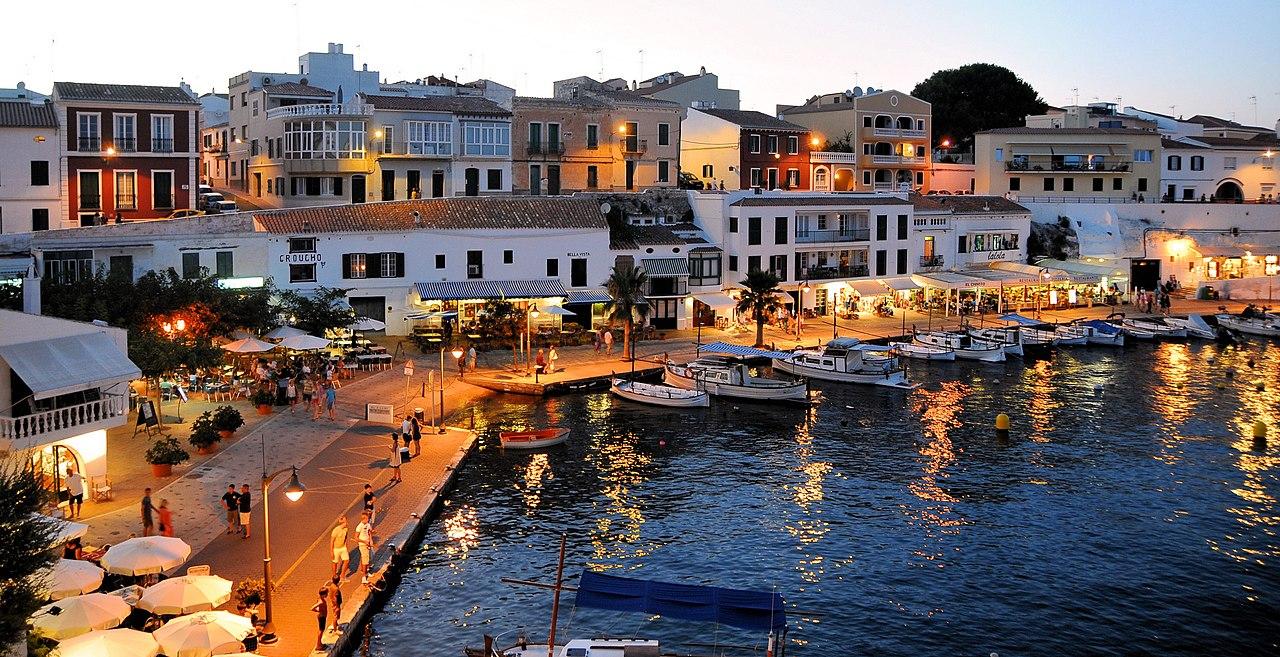 Roam Menorca Harbor