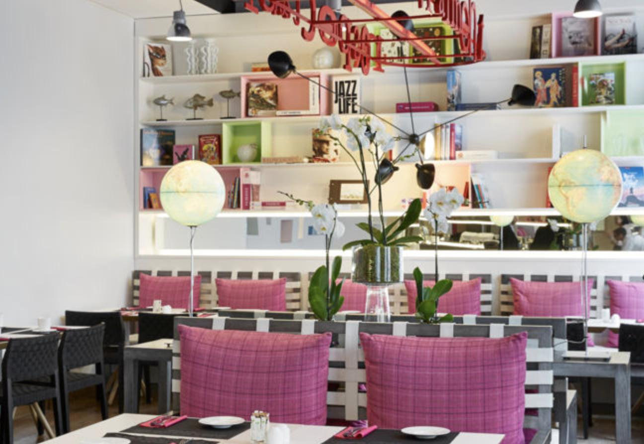 Bel Ami Cafe