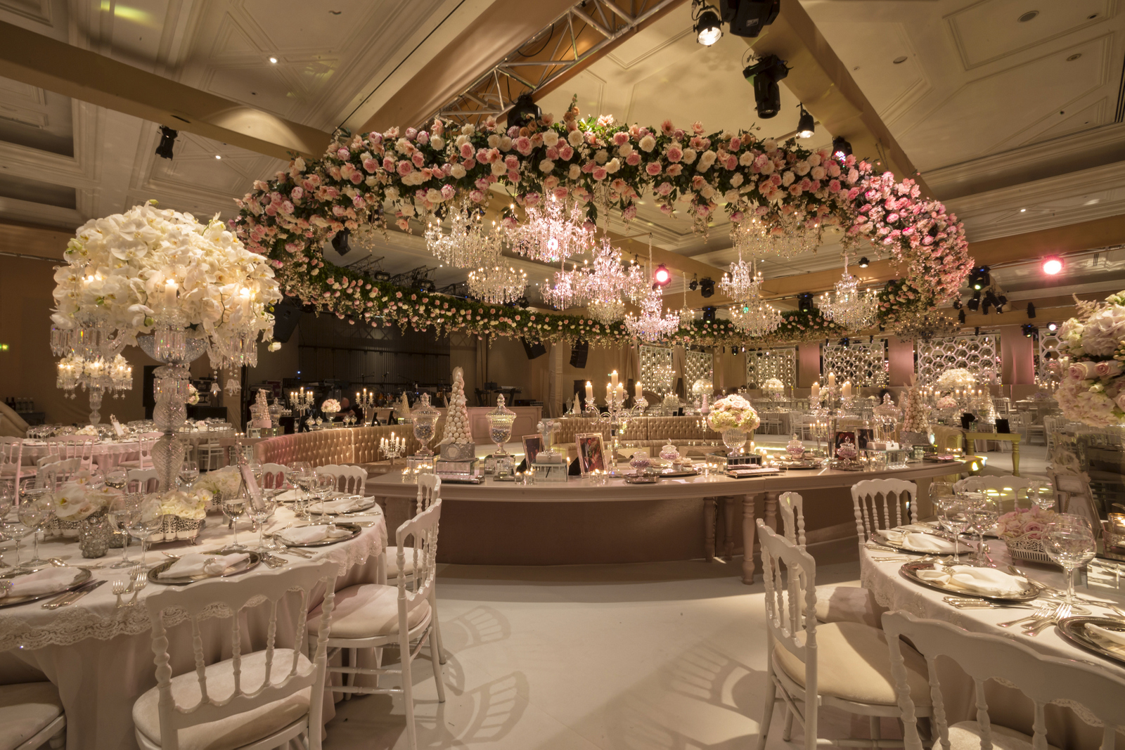 11 of The Most Stunning Wedding Ballrooms & Halls From Around the World