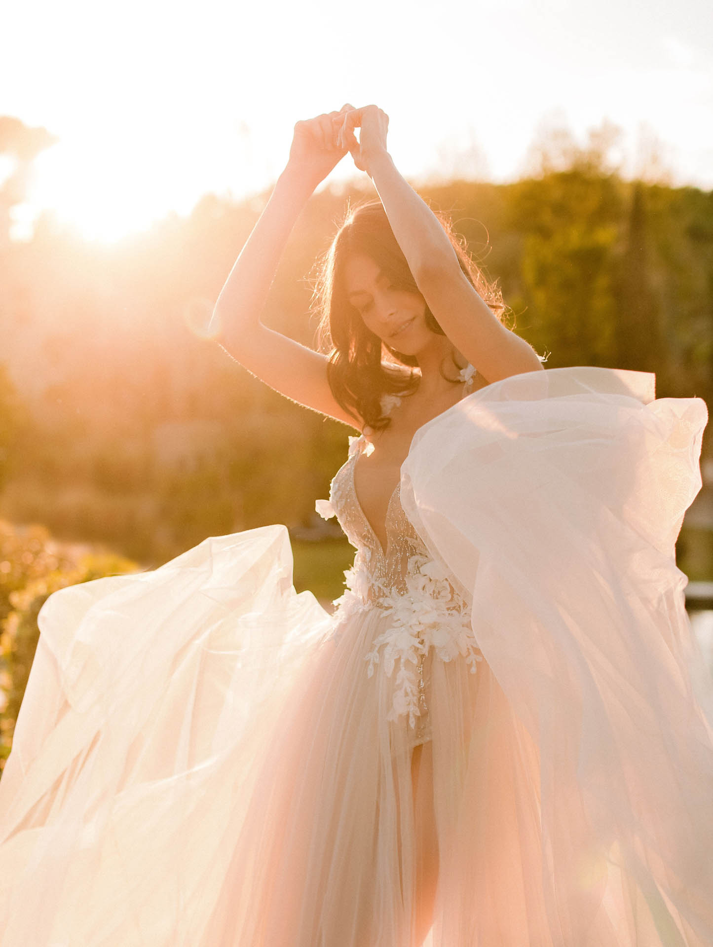 Find The Perfect Wedding Gown For Your Destination I Do's!