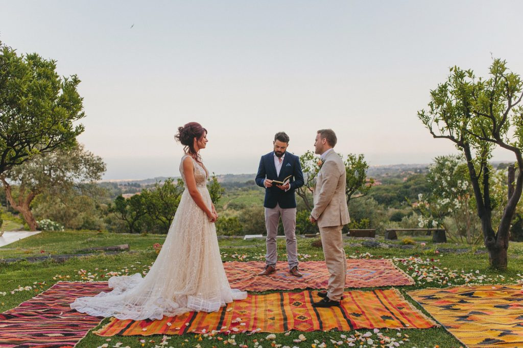Wedding ceremony in the countryside on Monaci delle Terre Nere Sicily