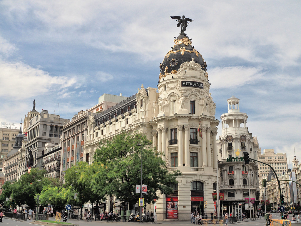 Madrid Metropolis Building