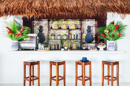 Coffee Bar & Juice Bar